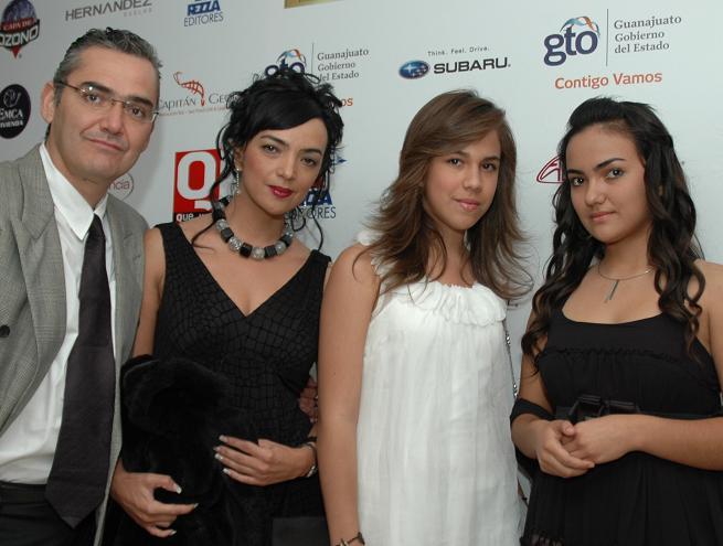 LOS RUIZ Y ANGUIANO en los premios Qué México
