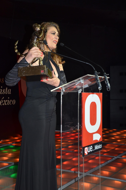 Lola la Trailera en los Premios de la Revista Q