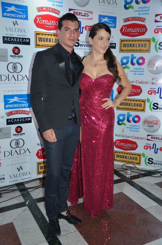 Valente Palacio y Mariana Ríos