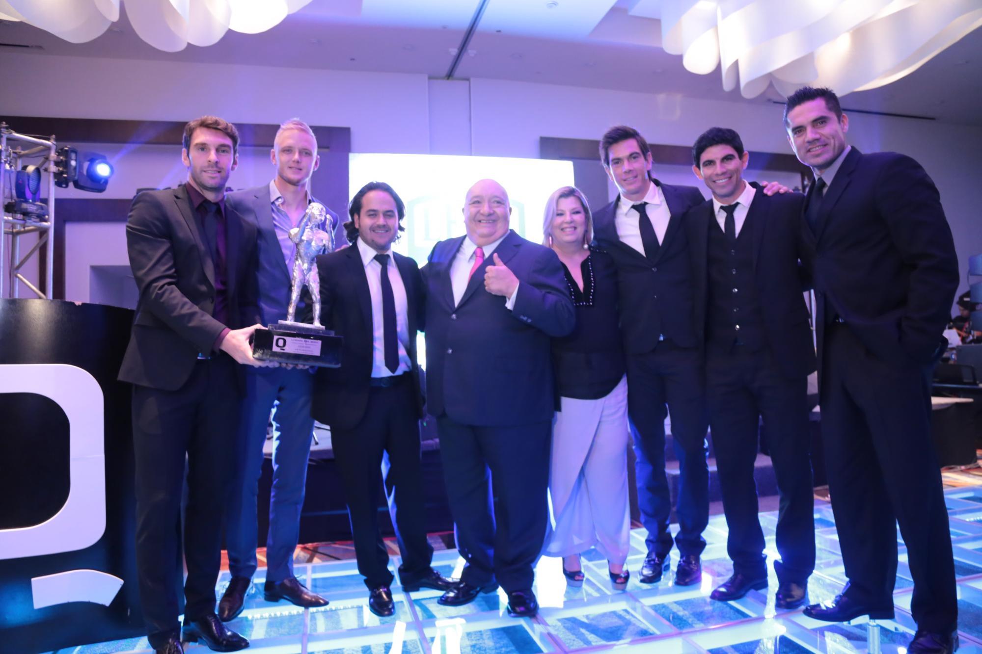 Mauro Bocelli, Chuy Martínez, Luis de Alba, William Yarbrough,  Margarita La Diosa de la Cumbia, Nacho González, Jonny Magallón y Christian Martínez