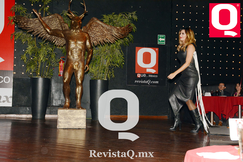 Cecilia Galliano pasa por su Premio Q
