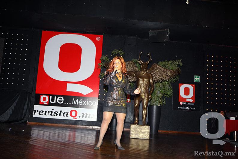 Diana Vanoni deleitó al público con su voz en los Premios Q