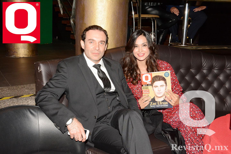 Tan amables como siempre el Dr. Carlos Pérez y Sandra Zamora en los Premios Q