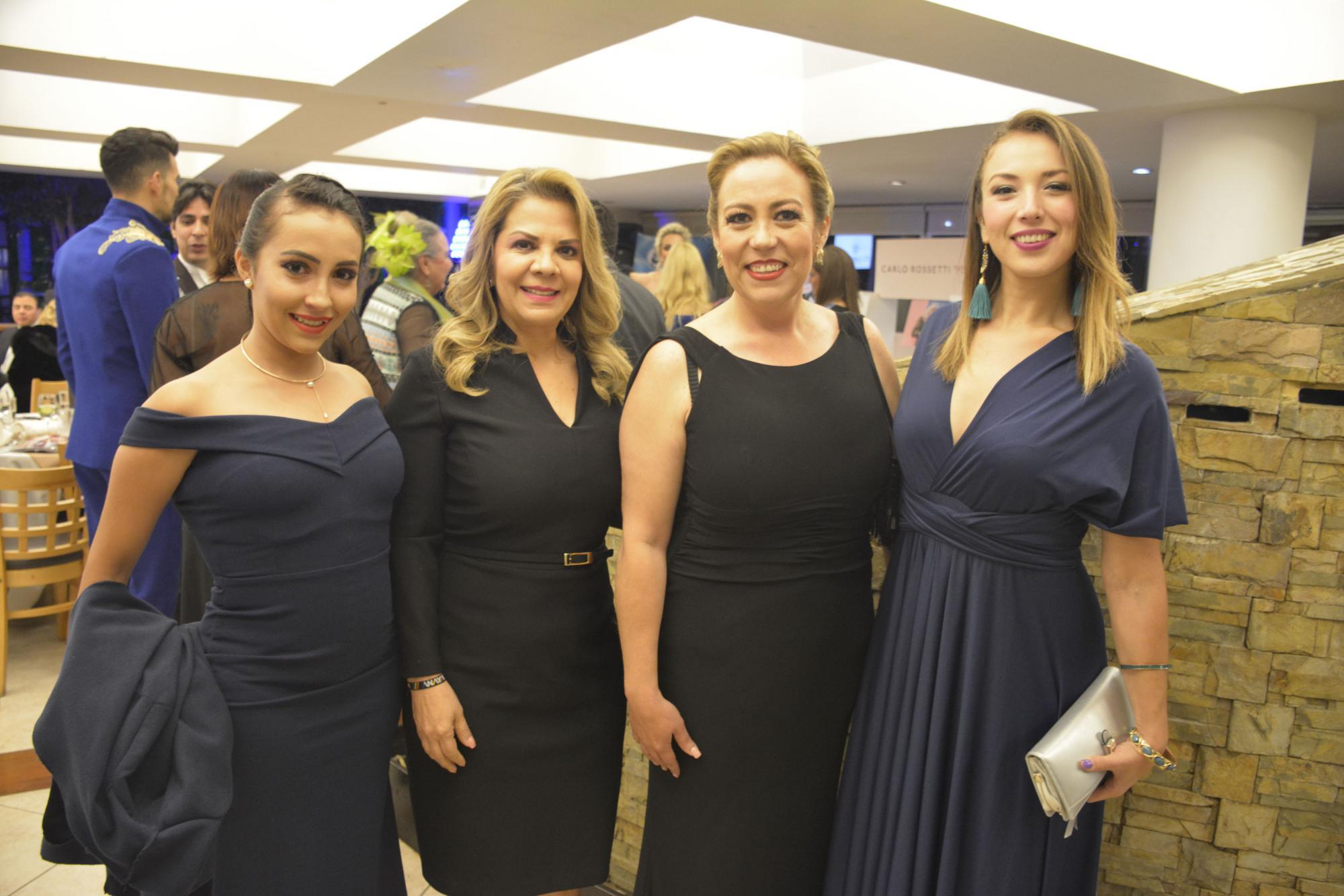 Alma Ruiz, Silvia Montes, la Wera Reynoso y Casandra Salas