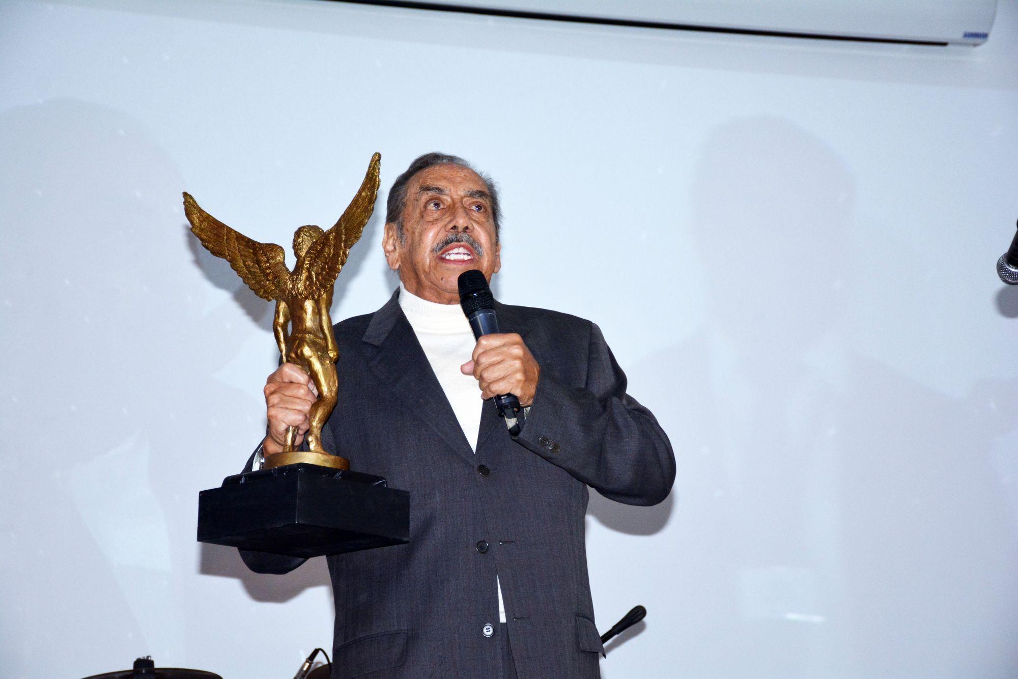 Lalo El Mimo importante figura del cine de México