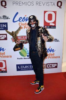 Cepillín con el premio de la Revista Q... QUÉ MÉXICO