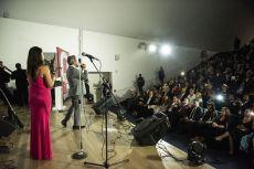 El  argentino, Diego Verdaguer cantando hermoso en los Premios de la Revista Q